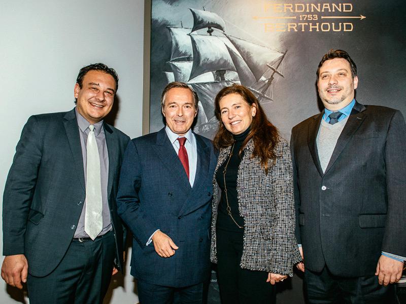 Jean- Nathanaël Karakash, Consejero de economía del estado, Karl-Friedrich Scheufele, Christine Scheufele y Arnaud Tellier, experto relojero.
