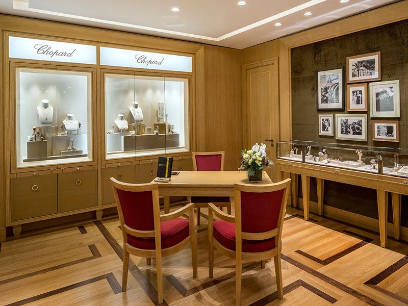 Cada detalle de la boutique ha sido pensado en conjunto con Caroline Scheufele, copresidenta de Chopard y jefe de la red de distribución de la marca.