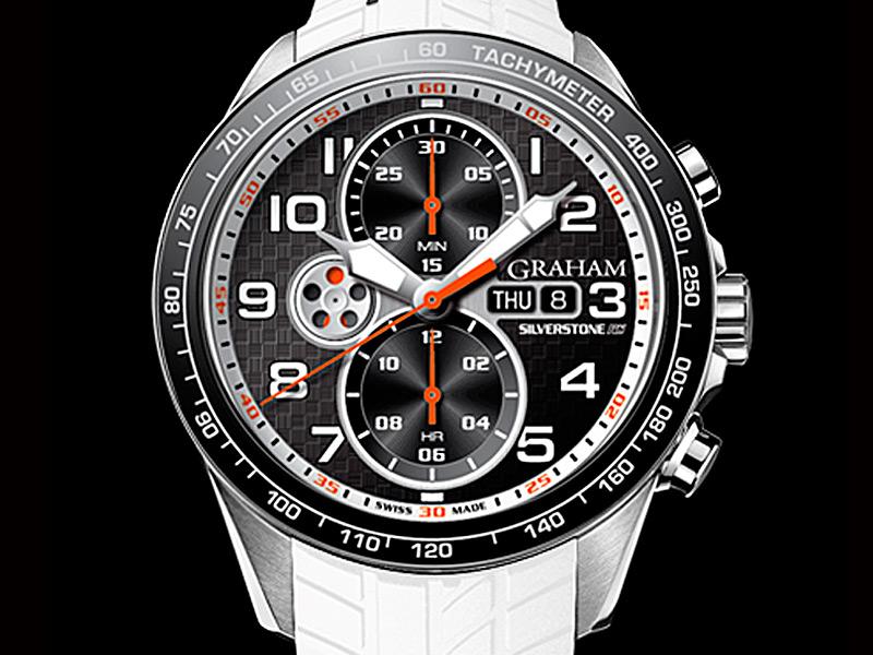 El reloj de Dan Wells es este cronógrafo Silverstone RS Racing con caja de 46 mm de acero, taquímetro, día y fecha, y un distintivo contador de segundos con forma de disco de frenos a las 9 horas.