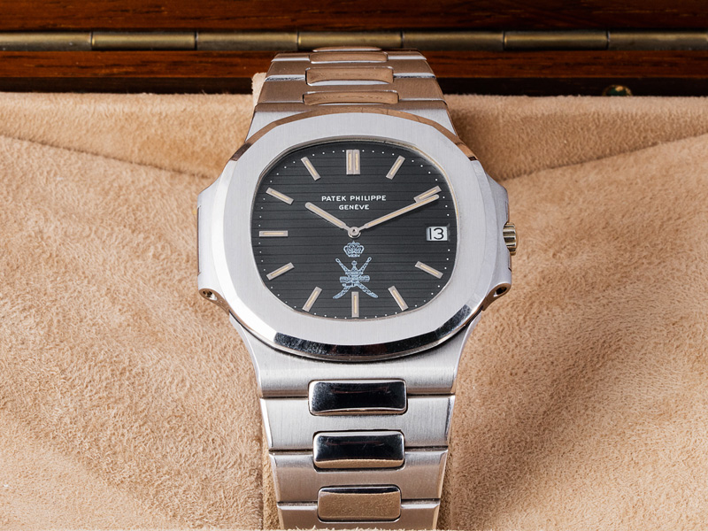 """Patek Philippe """"Jumbo"""" Nautilus """"Oman"""", Ref. 3700/1. Oro blanco, 42 mm, automático, cal. 28-255C, 36 rubíes. De 1978. Precio estimado: 307,000/512,000 dólares Precio final: 650,000 dólares"""