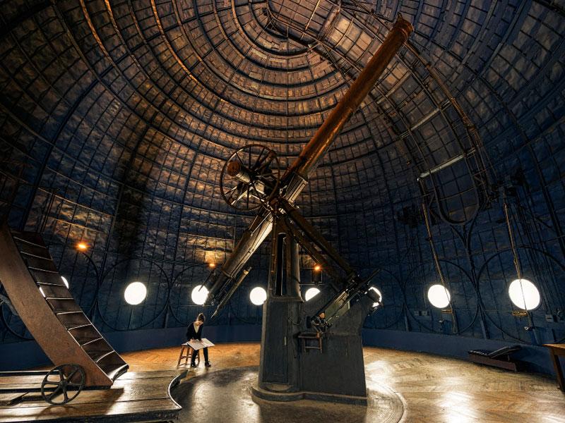 El Observatorio Astronómico de París, construido en 1667, es el más antiguo del mundo aún en activo. Ha sido testigo del nacimiento de nuevas ciencias como la geodesia o la meteorología.