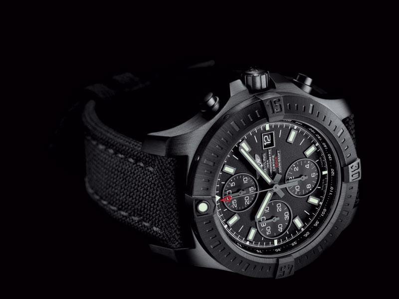 b-colt-chronograph-automatic-blacksteel_01